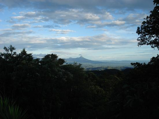 Villa Blanca Cloud Forest Hotel and Nature Reserve: Arenal Volcano from Villa Blanca