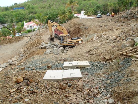 Windjammer Landing Villa Beach Resort: The Construction