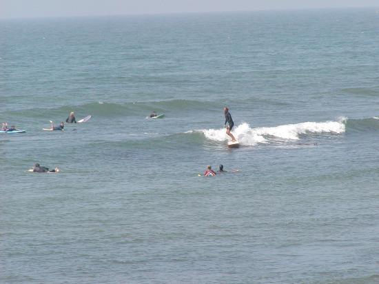 Ventura Longboarders Surfing