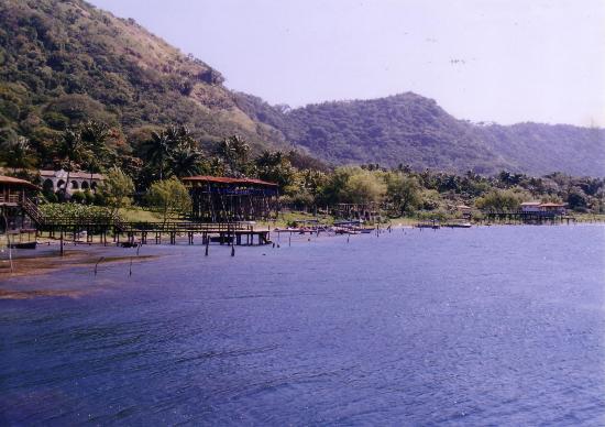 lake coatepeque2