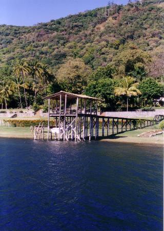 lake coatepeque3