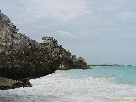 Tulum, Mexique : Stronghold on another cliff