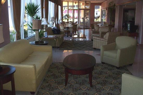 Days Inn Easton: Quality Inn's Lobby