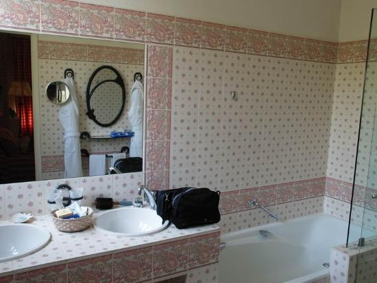 Auberge de Noves: Bathroom