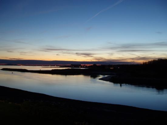 The Breakwater Inn and Spa: Stunning sunsets from our room