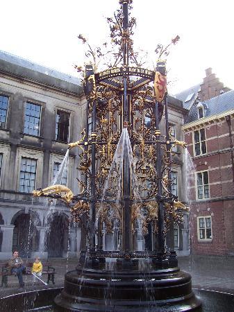 เฮก, เนเธอร์แลนด์: Binnenhof