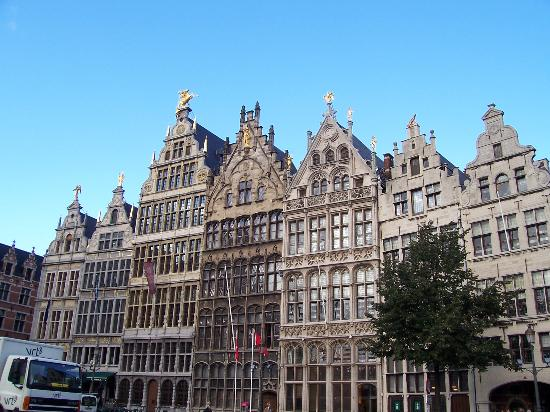 Antwerp Vacations