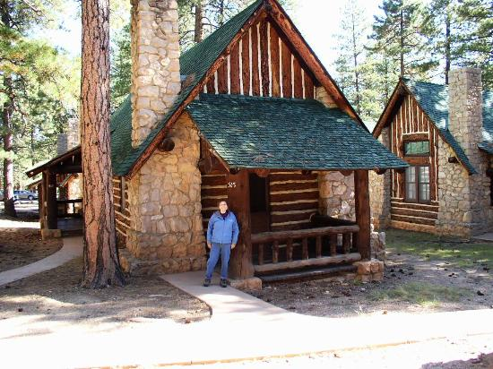 Queens garden view picture of bryce canyon national park for Bryce canyon cabin rentals