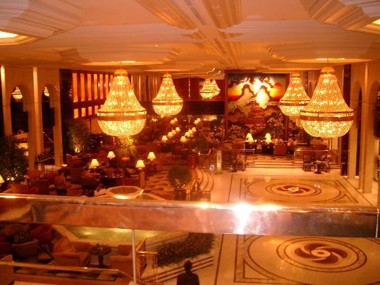 Kowloon Shangri-La Hong Kong: Lobby