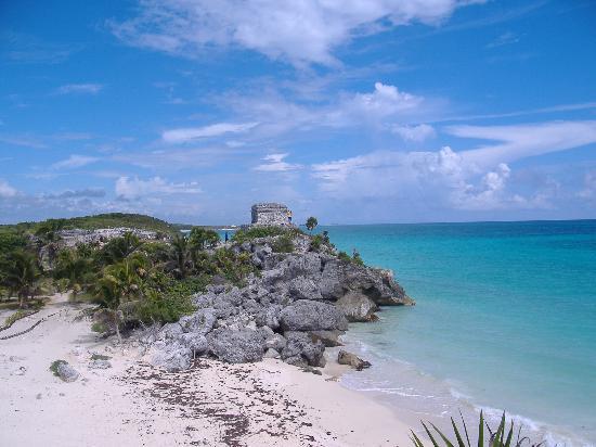 Catalonia Riviera Maya: The ruins and beach at Tulum