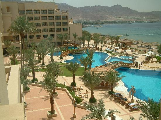 InterContinental Aqaba Resort: High View of Pool