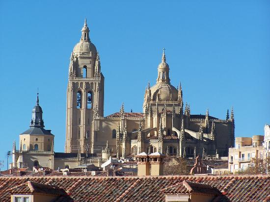 Segovia, Spanje: From a distance