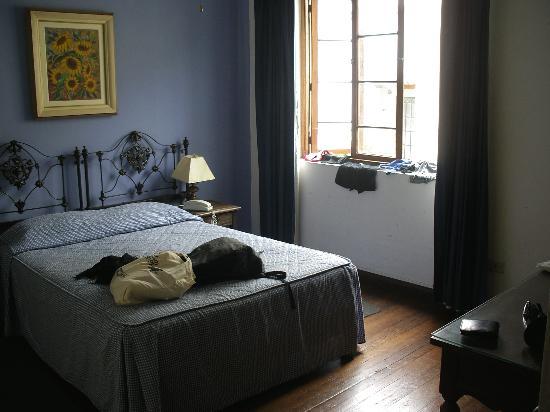Hostal El Patio: The nicer room