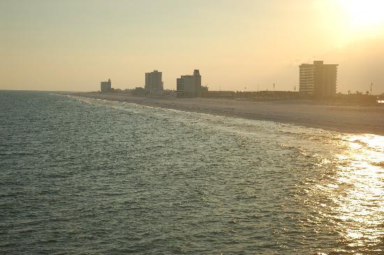 Pensacola Beach Gulf Pier: South of pier