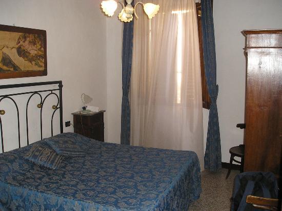 Room in Montepulciano - Picture of La Terrazza di Montepulciano ...