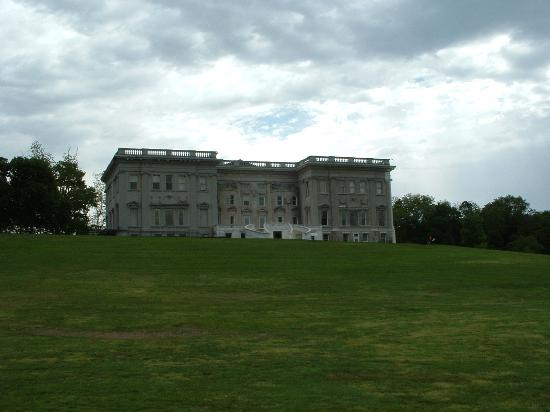 Staatsburgh State Historic Site / Mills Mansion