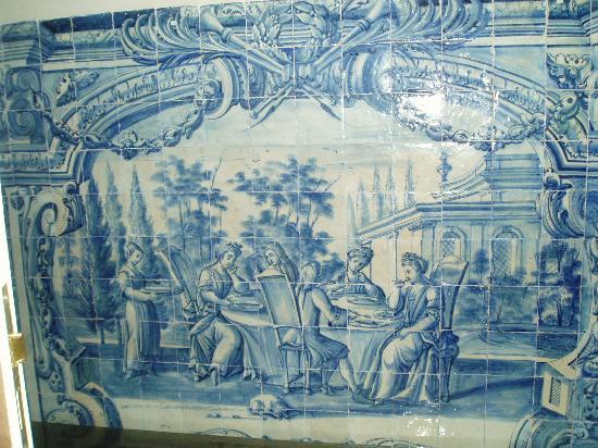 Palacio Belmonte: ties in sitting room