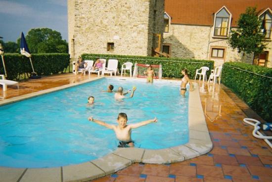 A Nice Swim, After A Long Day At Disney - Photo De Domaine De Crecy