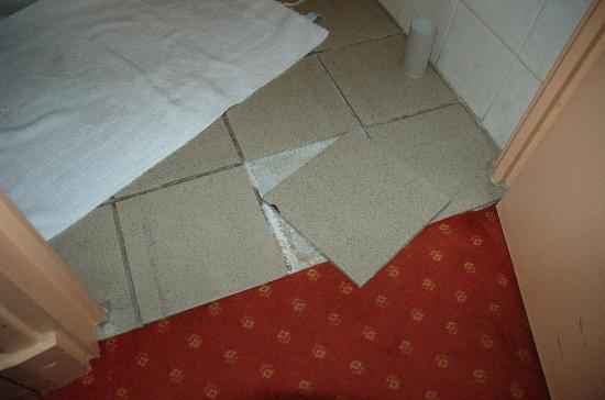 Hotel Le Home Latin: floor tiles