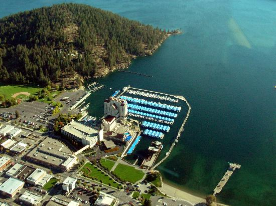 The Coeur d'Alene Resort: Resort from seaplane
