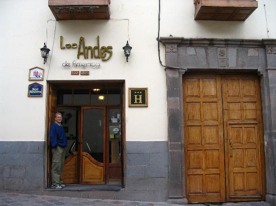 BEST WESTERN Los Andes De America: Entrance of Hotel
