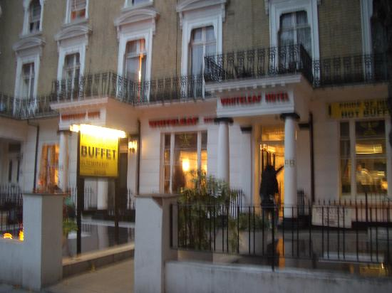 Whiteleaf Hotel: Walking out of there is the best moment