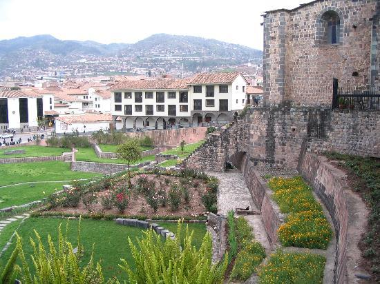 Cuzco, Perú: Santo Domingo Church built on Incan Foundations