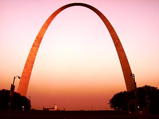 Saint Louis, MO: Arch at sunset
