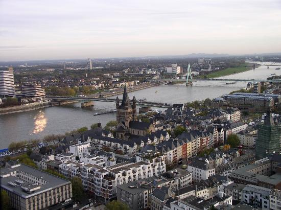 Cologne, Allemagne : View from Dom Cathedral