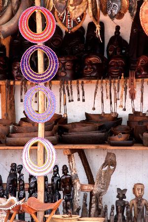 Dar es Salaam, Tanzania: masai beads