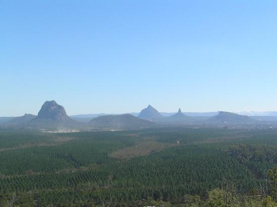 ‪Glass House Mountains National Park‬