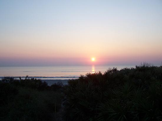 New Smyrna Beach, FL: sunrise