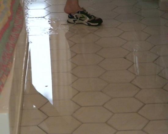 Fesselnd Überschwemmung Des Zimmers Oder Kneipp Kur Auf Griechisch   Bild, Badezimmer  Ideen