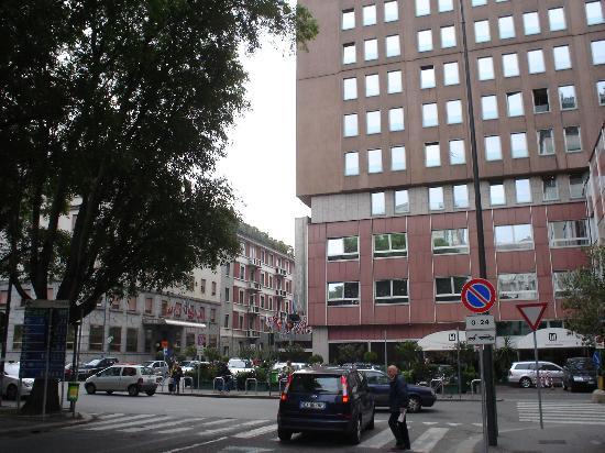 Michelangelo Hotel: Hotel's Main Enterance