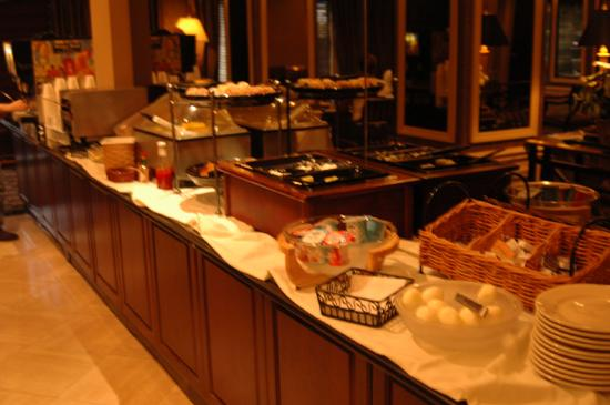 Hyatt Place Indianapolis Airport: Breakfast Buffet