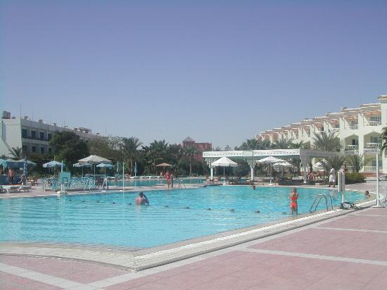 The Grand Hotel Hurghada : new pool