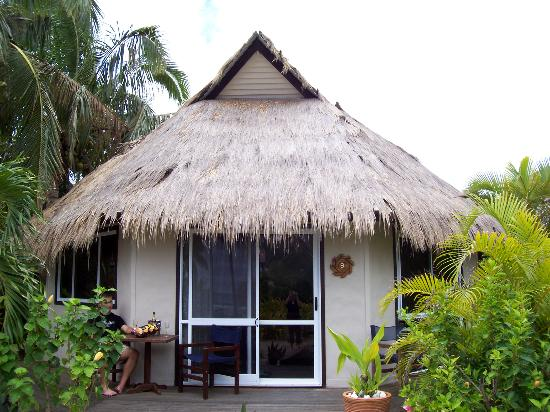 Crown Beach Resort & Spa: Our bungalow