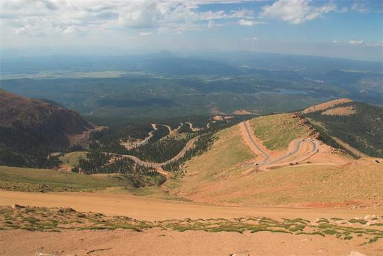 Pikes Peak - America's Mountain : The road, she is twisty steep...