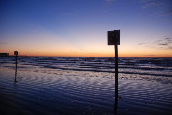 Galveston, TX: Sunrise at Gulf of Mexico