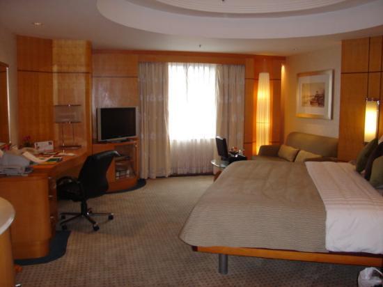 Makati Shangri-La Manila : Room 2329