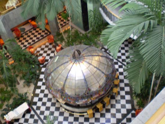 Jardines de Nivaria - Adrian Hoteles: The Tiffany bar from above