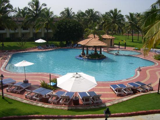 Holiday Inn Resort Goa: Pool View Room