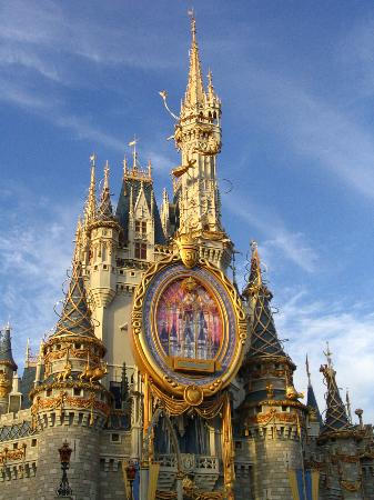Walt Disney World, FL: Cinderella's Castle at Magic Kingdom