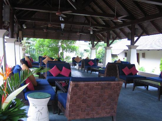 Layana Resort and Spa: Lounge