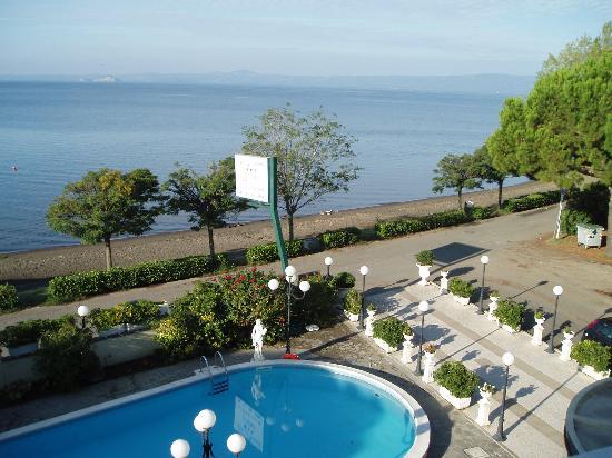 Hotel Le Naiadi: View from bedroom balcony
