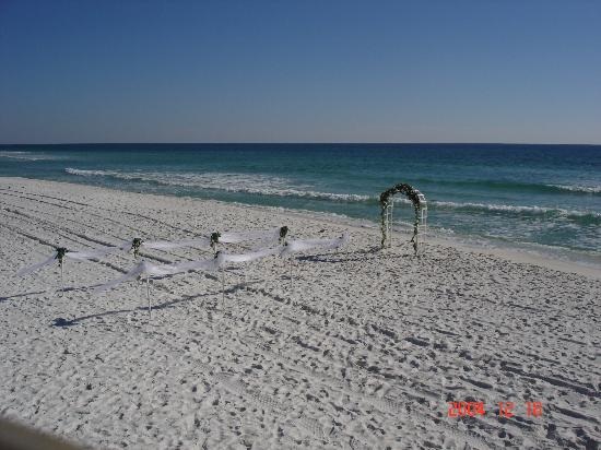Many weddings take place on the beautiful beaches of Destin