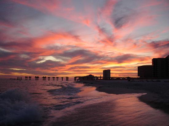 Orange Beach, AL: Amazing sky at sunset