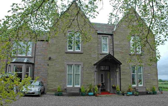 The Old Manor Carnoustie: The Old Manor B&B