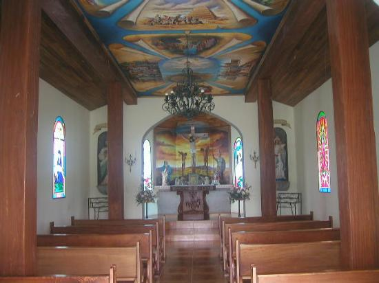 Hotel Los Héroes: The Beatiful Chapel