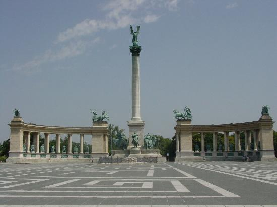 Budapeste, Hungria: Hero's Square